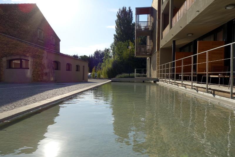 Exterieur Moulin de Vernegues 7