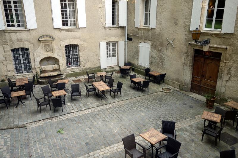 Exterieur Moulin de Vernegues 8