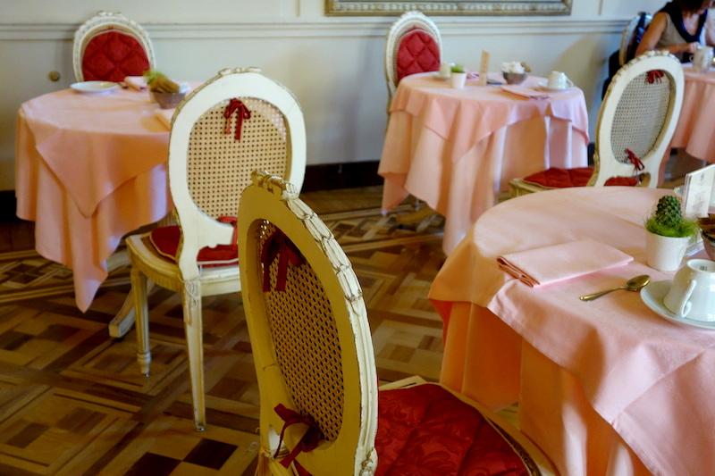 Petit Dejeuner Hotel Bristol Palace