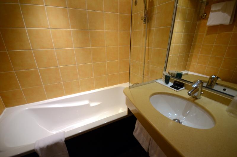salle de bain alpille thalazur antibes